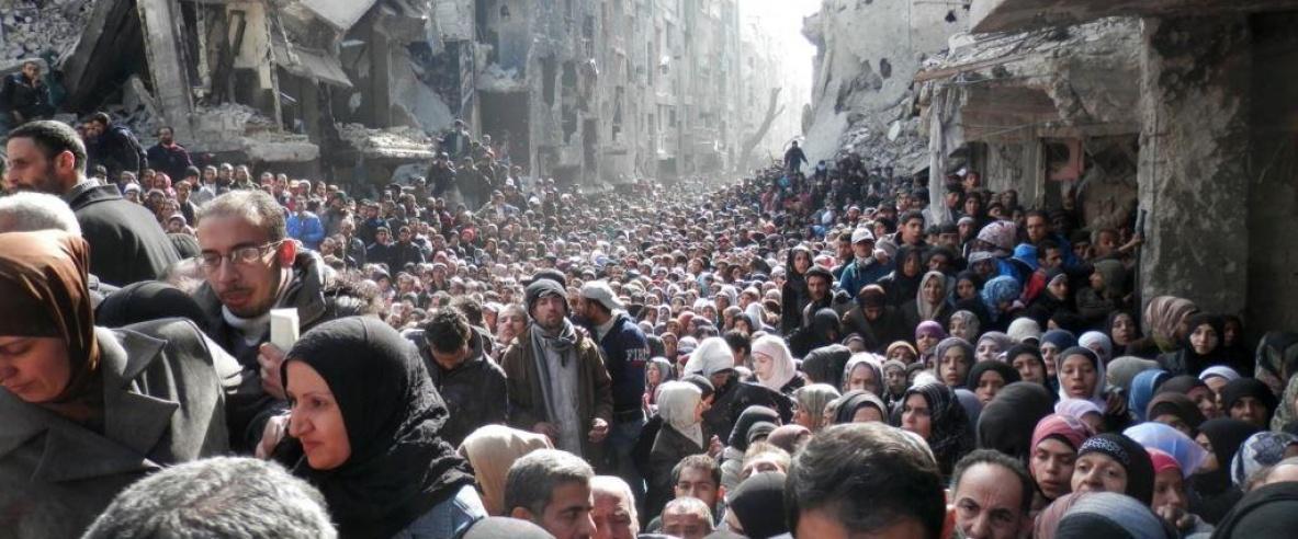 6 شهداء لاجئين بقصف مخيم اليرموك لليوم السادس