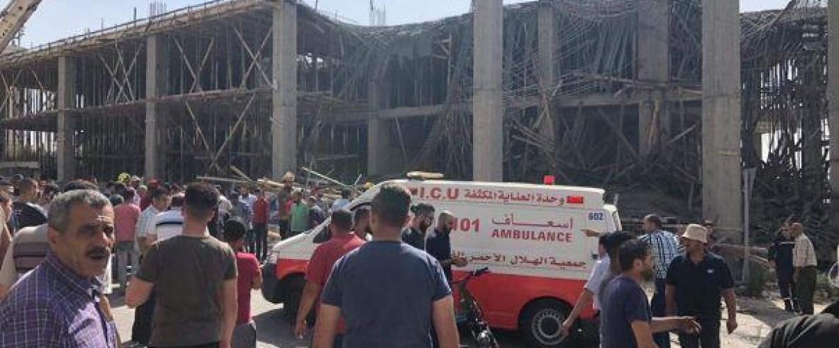 اصابة مواطن بانهيار سقف قيد الانشاء في نابلس