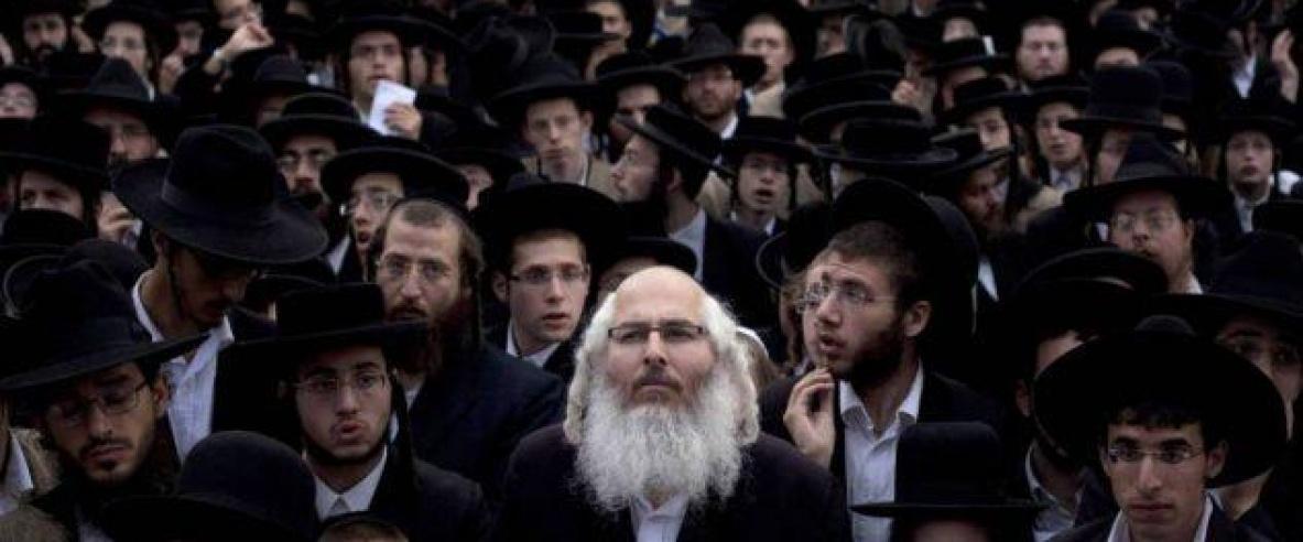 منظمة يهودية متطرفة تصدر عملة نقدية وسمت بـ: وعد قورش.. ووعد بلفور..ووعد ترمب