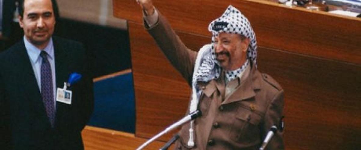 في ذكرى الاستقلال:عريقات يدعو دول العالم لتجسيد استقلال فلسطين