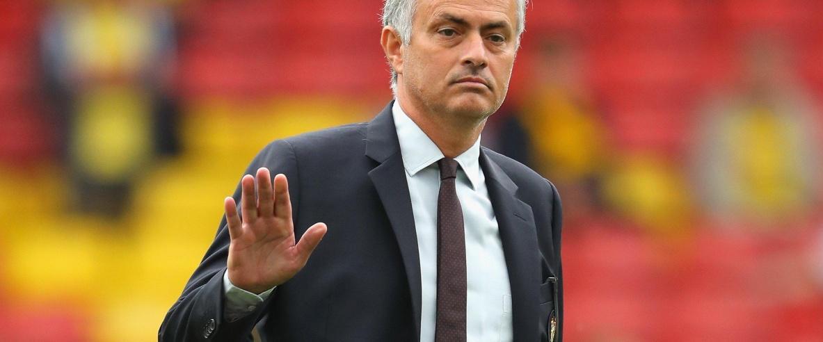 مورينيو خارج خطط ريال مدريد