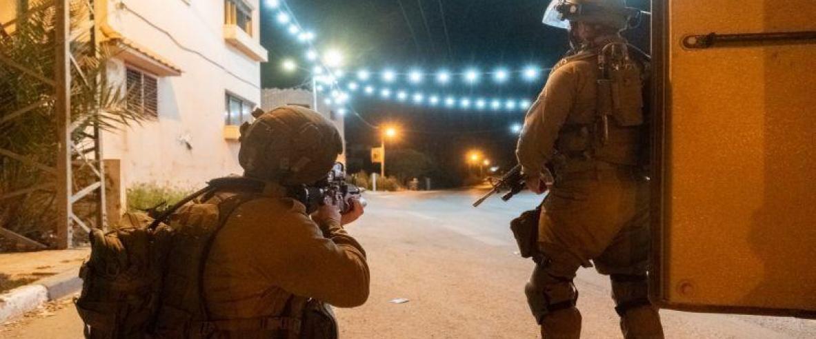 الاحتلال يطلق النار على شاب بدعوى  تنفيذه عملية طعن بالقرب من ( شافيه شمرون) في نابلس