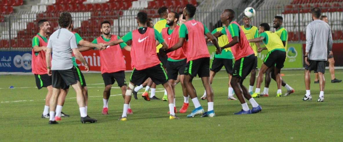 اليوم مباراة فلسطين والسعودية على استاد فيصل الحسيني