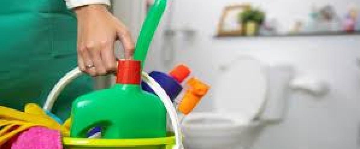 احذر مزج منتجات التنظيف مع بعضها البعض
