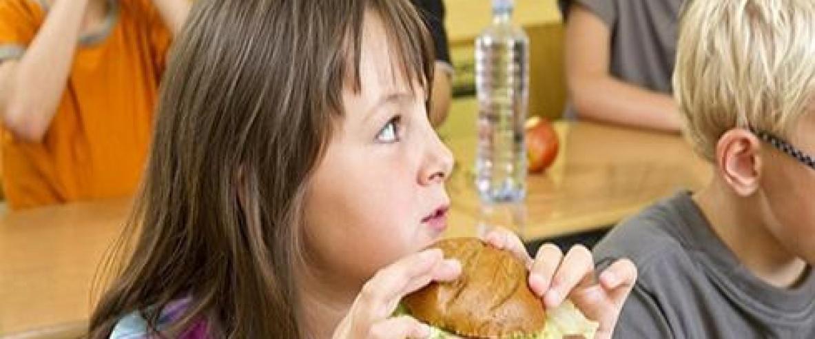 ترامب يلغي الأكل الصحي من المدارس