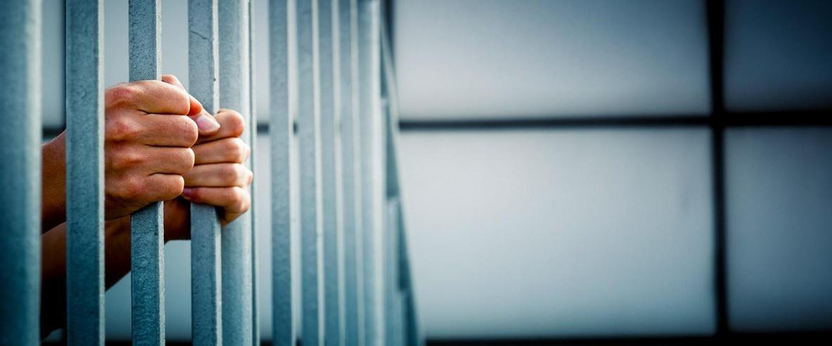 الصحة إلاسرائيلية تحذر: الفيروس ينتشر في السجون