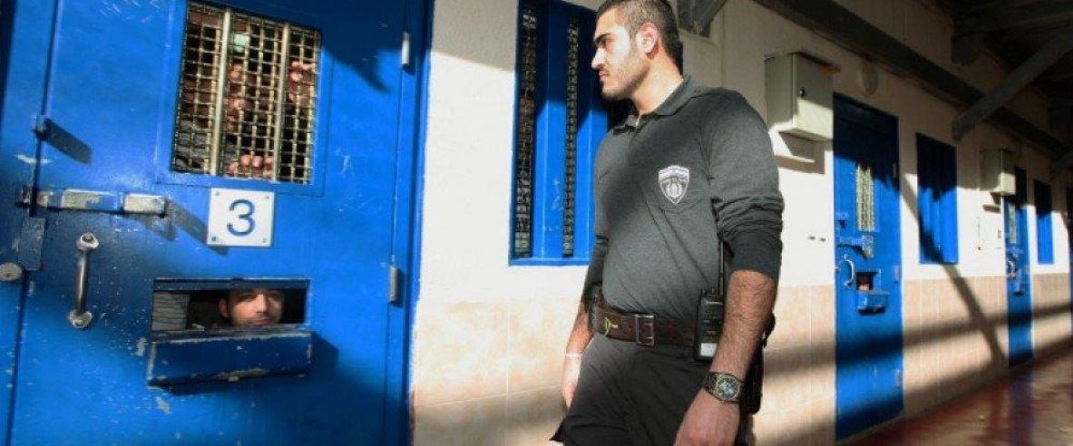 هيئة الأسرى: إدارة السجون تغلق معتقل