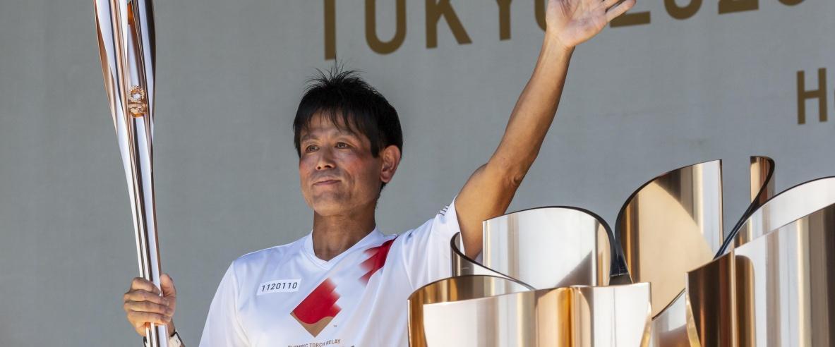 الشعلة الأولمبية تصل إلى العاصمة اليابانية