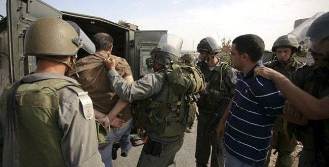 اعتقال شاب خلال مواجهات مع الاحتلال في بيت امر شمال الخليل