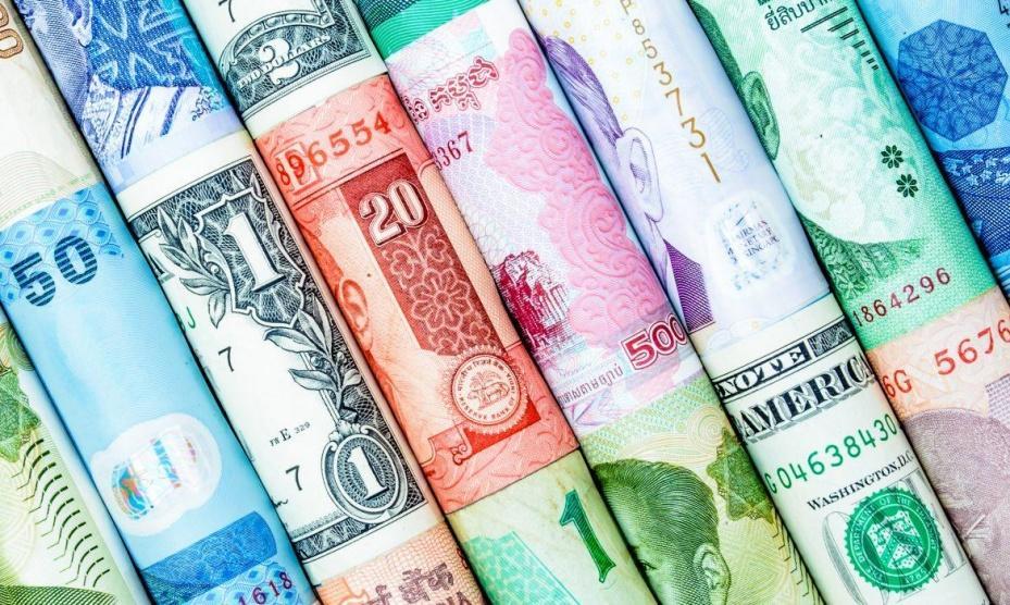انخفاض أسعار صرف العملات اليوم