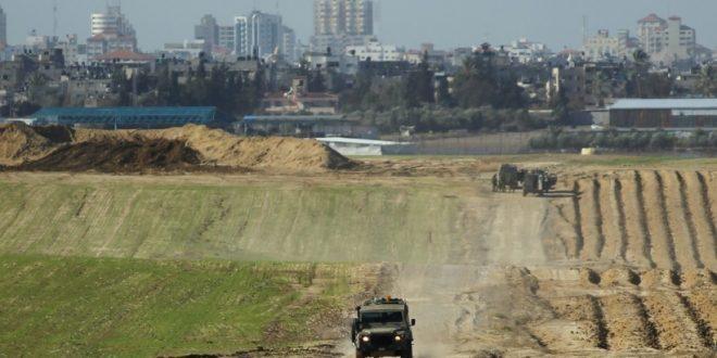 الاحتلال يطلق النار  على المزارعين في غزة