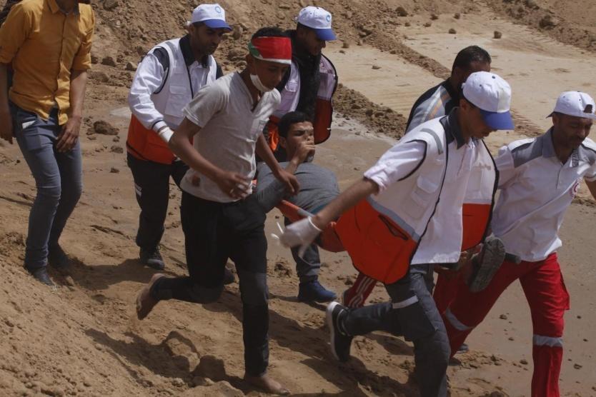 شهيدة وإصابات في اعتداء الاحتلال على متظاهري العودة شرقي القطاع