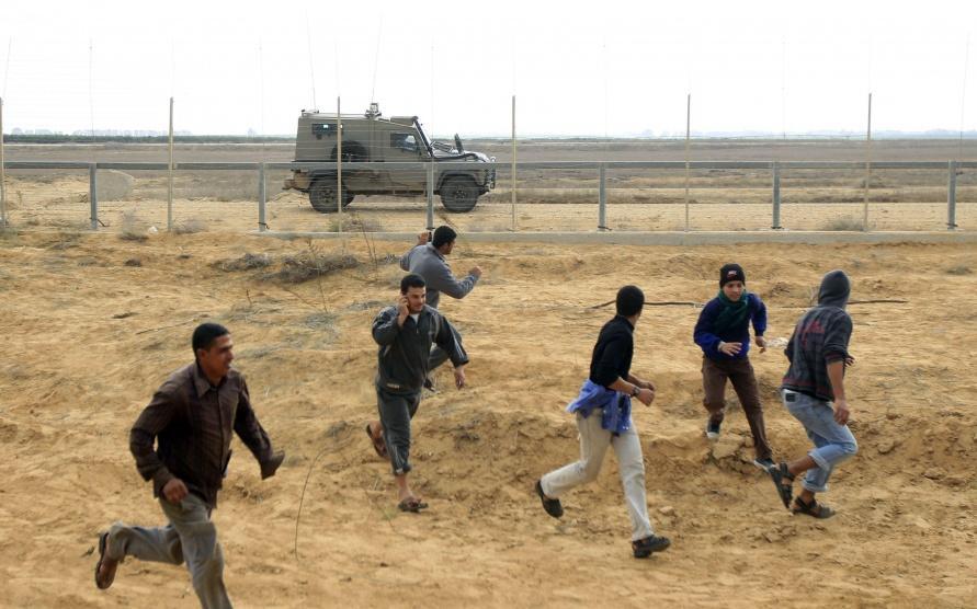 الاحتلال يعلن اعتقال فلسطيني تسلل بحرا شمال القطاع