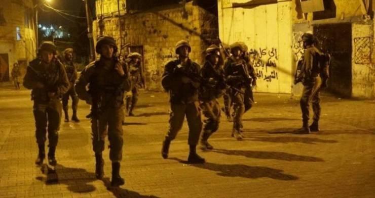 الاحتلال يشن حملة اعتقالات واسعة في الضفة
