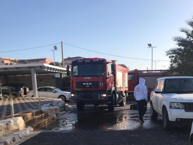 19 اصابة بينهم 4 خطيرة بحريق منزل في حيفا