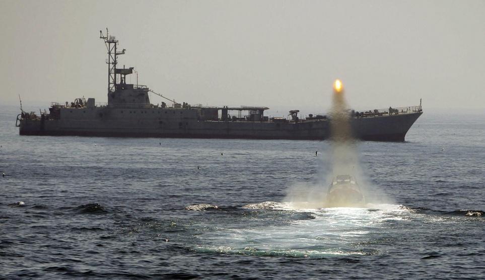 قائد في البحرية الإيرانية: نستطيع الحفاظ على أمن المنطقة