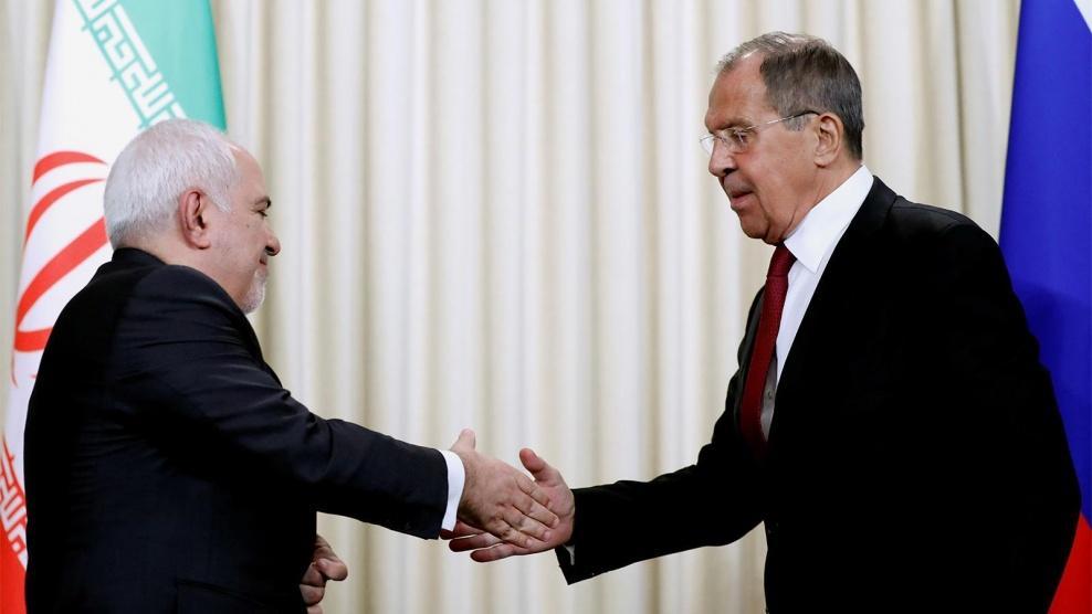 ظريف معلنا عن مناورات مع روسيا: أمن هرمز بيد إيران