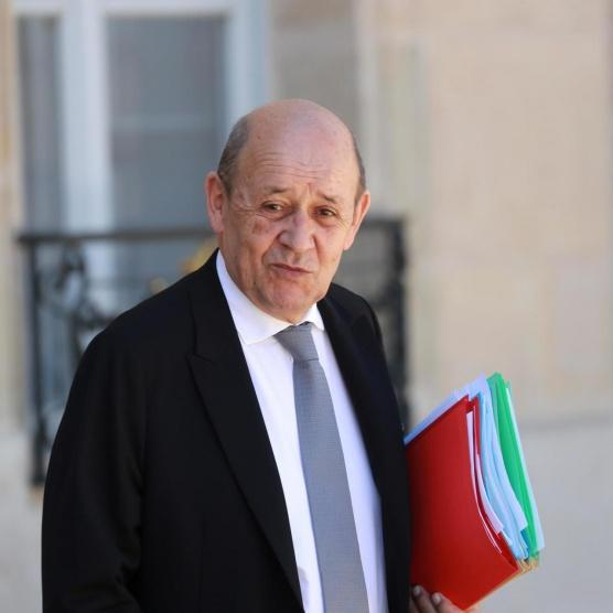 وزير خارجية فرنسا يحذر من