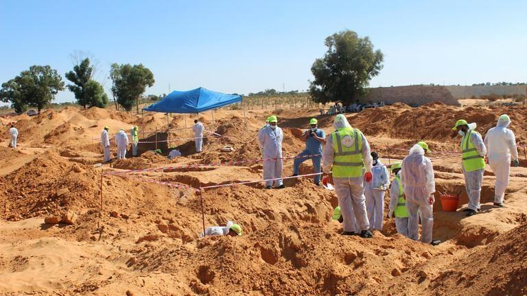 ليبيا..العثور على 112 جثة في مقابر جماعية