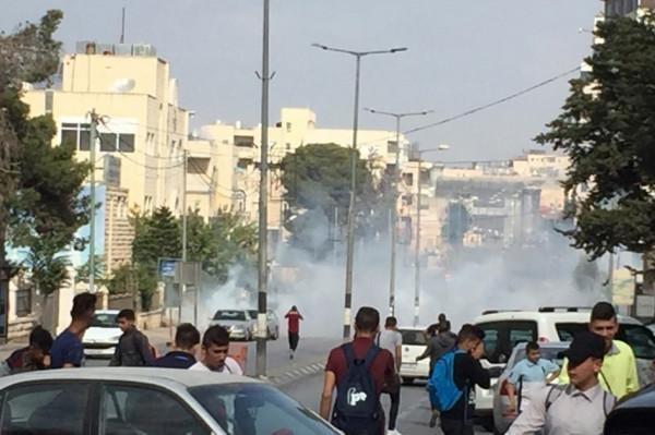 الاحتلال يقمع مسيرة طلابية على المدخل الشمالي لبيت لحم